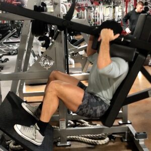 Logos Fitness: Leg Press Mania!